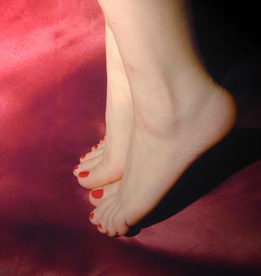 feet1.jpg